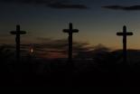 「怒りではなく愛を」 米教会銃乱射で9人失った牧師一家の葬儀行われる