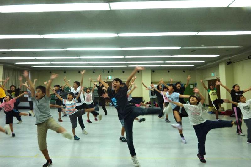 ミュージカルの練習風景(写真:関西合同MEBIGミュージカル提供)
