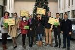 新生宣教団が在日中国人に聖書のプレゼント 2017サンタクロース・プロジェクト報告