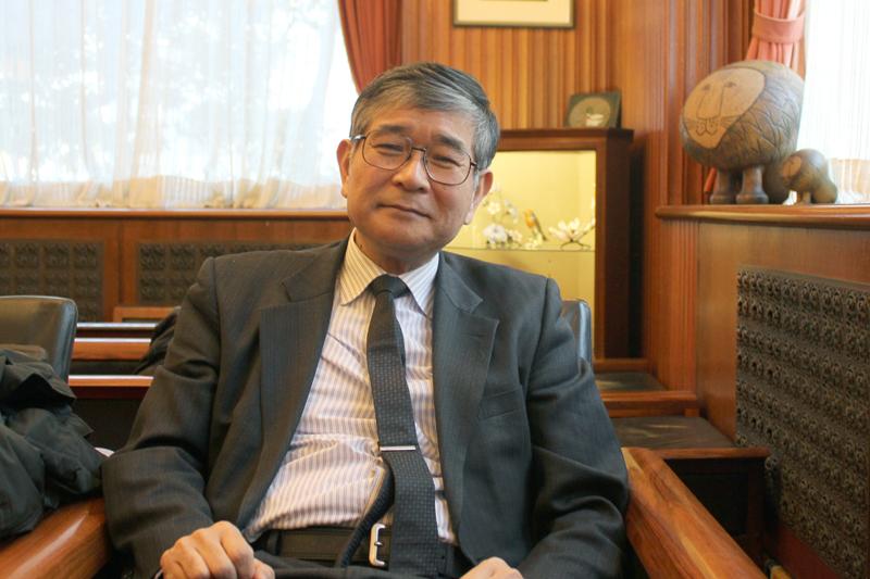 本紙のインタビューに応える順天堂大学医学部教授の樋野興夫(ひの・おきお)氏