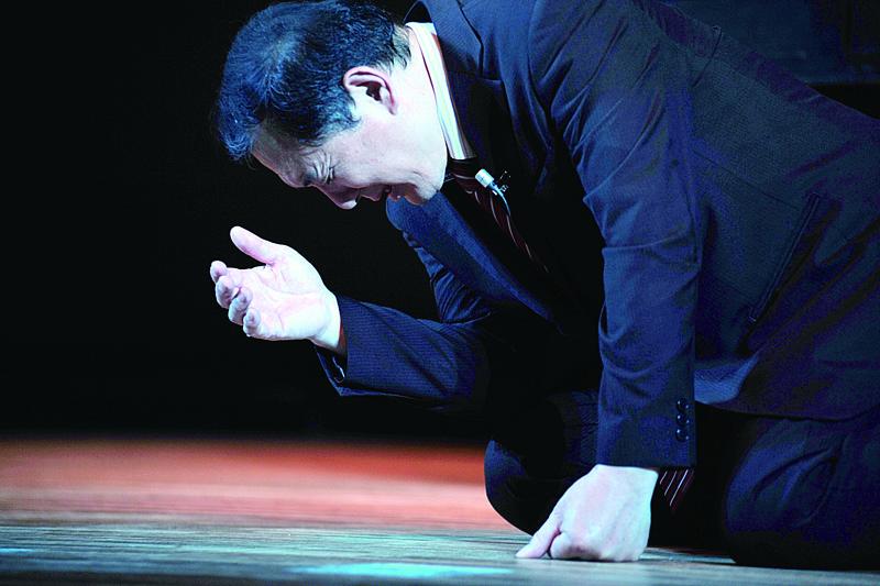 杉原千畝を演じる水澤心吾(みさわ・しんご)さん(写真:メディア21提供)