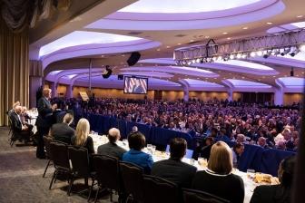 米国家朝餐祈祷会、100カ国以上から3千人超が参加 トランプ氏が演説