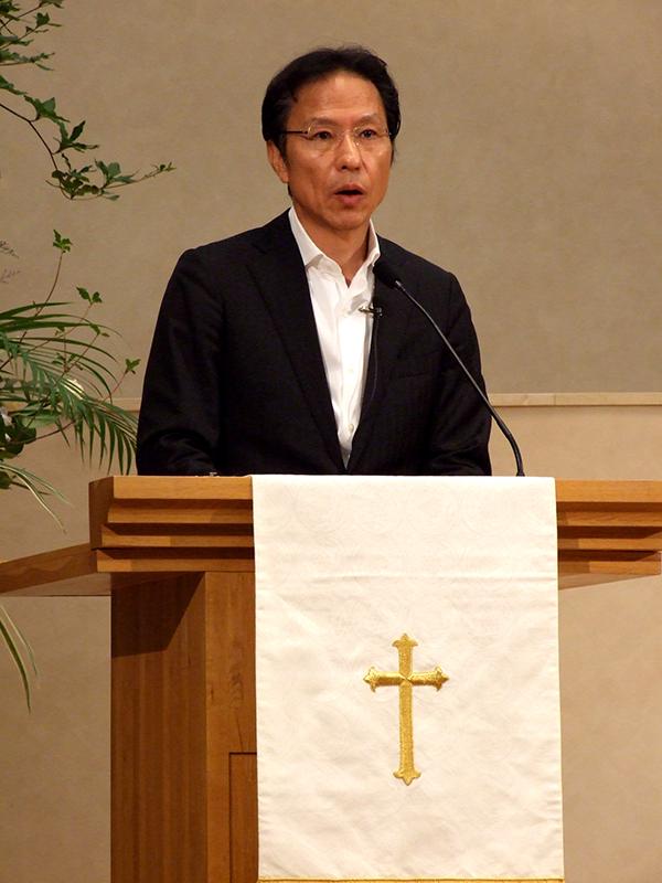 姜尚中(カン・サンジュン)氏=2014年8月15日、聖学院大学(埼玉県上尾市)で
