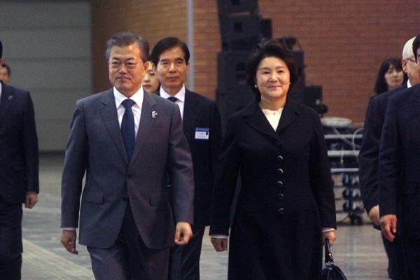 韓国で第50回国家朝餐祈祷会、歴代最多5千人が祈り 大統領夫妻も参加
