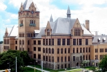 米大、学生伝道団体「インターバーシティー」の認可取消 提訴され2日で決定覆す