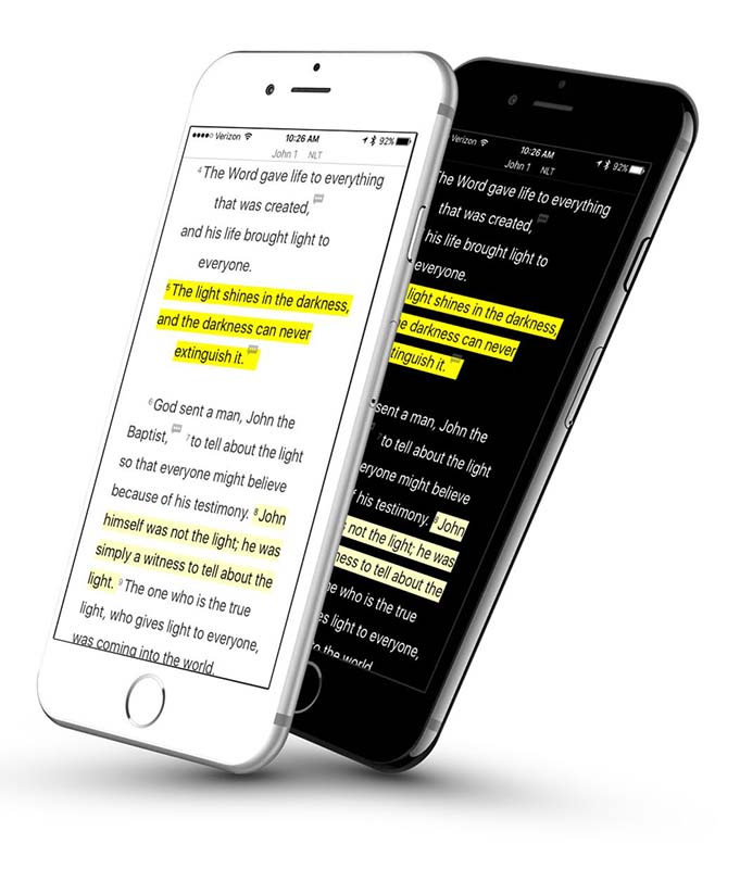 ユーバージョン(YouVersion)の iPhone での使用例(画像:ライフ・チャーチ)<br />