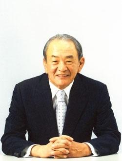 国立公文書館の加藤丈夫館長