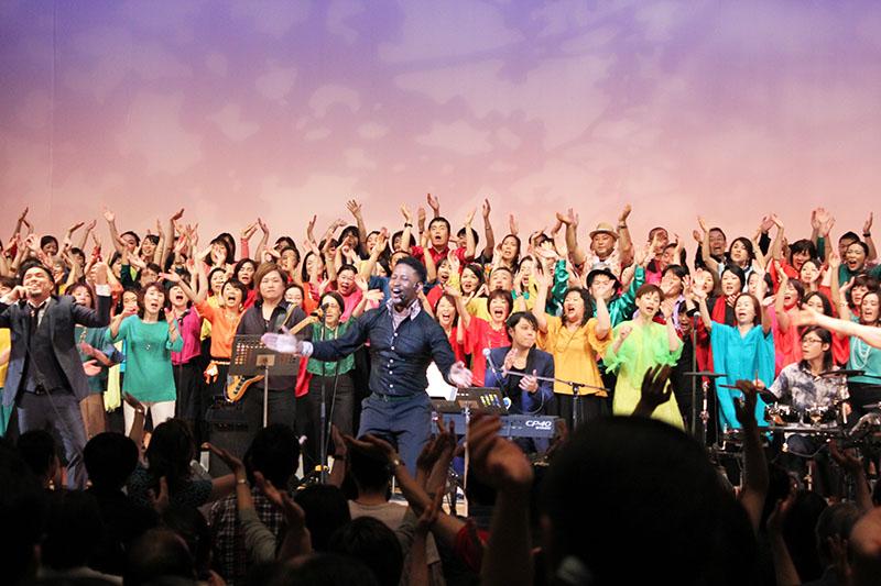 GOSMACアカデミー初の合同ライブ「GOSMAC LIVE 2018」=3日、東京・渋谷区総合文化センター大和田さくらホールで