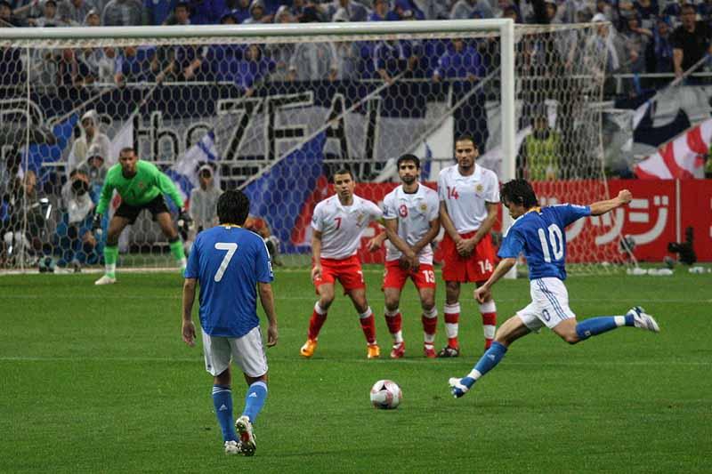 アルゼンチン出身のローマ教皇フランシスコは、サッカー好きで知られる。幼少期から地元サッカークラブのファンクラブに所属している。(写真:Neier)<br />
