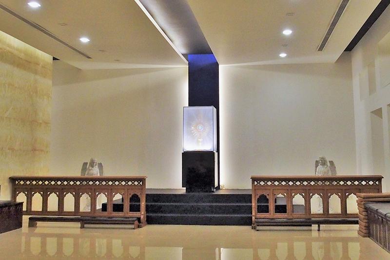 FINE ROAD(76)シンガポールの旅シリーズ2 劇場型大教会・カトリック聖体礼拝堂 西村晴道