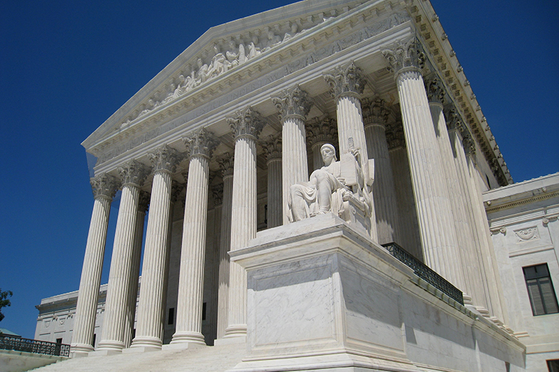 首都ワシントンにある米連邦最高裁(写真:Daderot)<br />