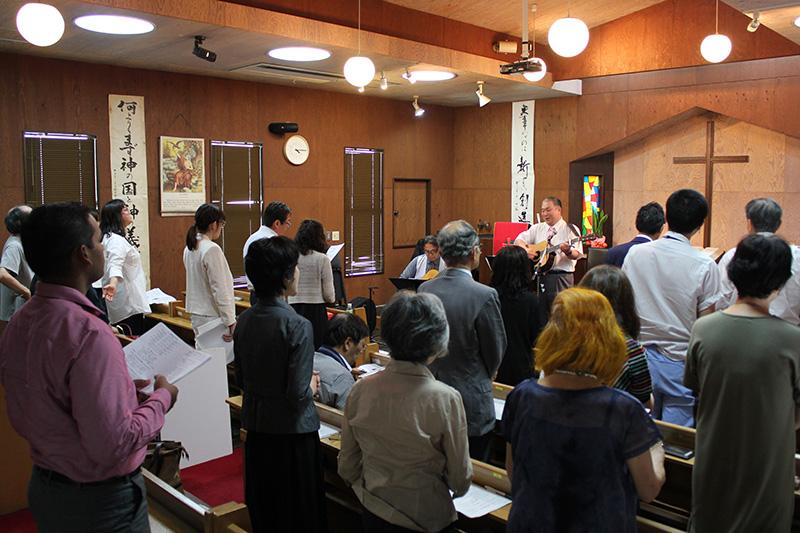 日本CBMC東京ピースクリエイターの「賛美と祈りの集会」は毎月第4金曜日に開催されている。7月、8月は休会となり、次回は9月=22日、日本基督教団東京信愛教会(東京都新宿区)で<br />