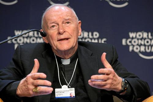米ワシントン名誉大司教のセオドア・マカリック氏=2008年(写真:World Economic Forum)