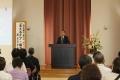 柏木哲夫氏が講演「支えるケア、寄り添うケア」 オリブ山病院が創立60周年