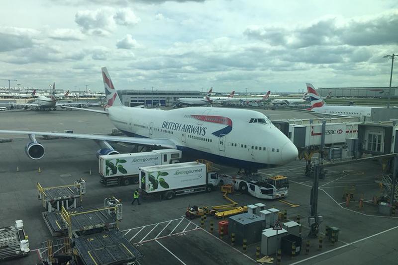 ロンドンのヒースロー空港からの出発