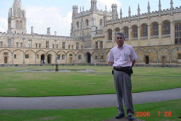 2006年の神学大学院基金の夏季研究で訪れた英オックスフォード大学のクライストチャーチ。英国国教会関連のカレッジで、国教会で唯一大学内に位置し、最も小さな大聖堂(カテドラル)がある。
