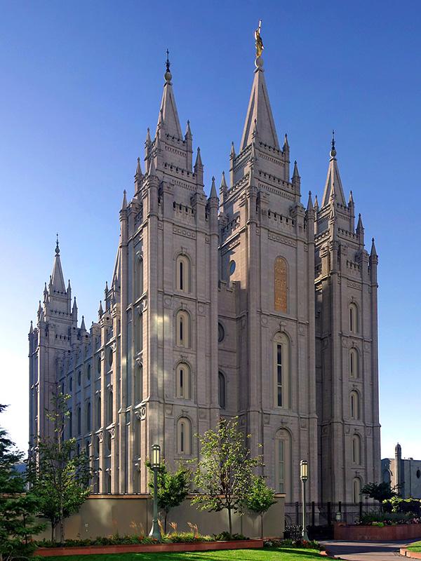 建築に40年かかったとされる末日聖徒イエス・キリスト教会(通称・モルモン教)のソルトレイク神殿(米ユタ州ソルトレイクシティー)(写真:Entheta)