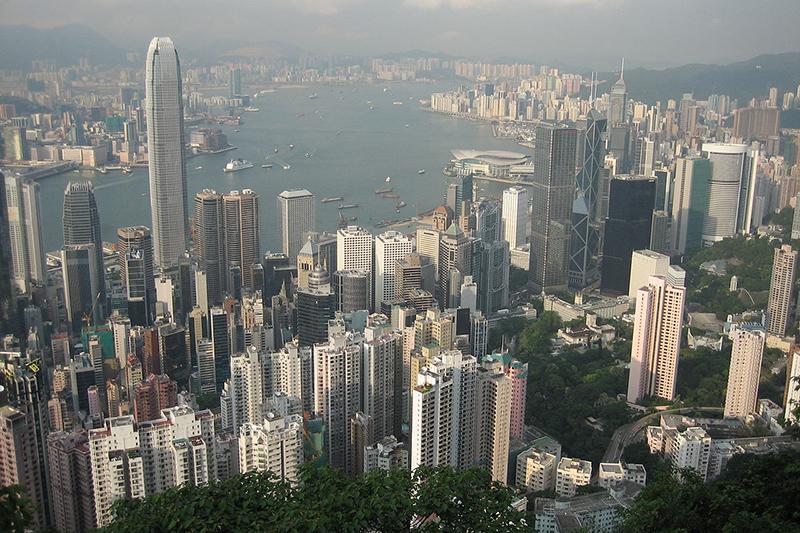 香港のヴィクトリア・ピークからの眺望=2005年(写真:Georgio)