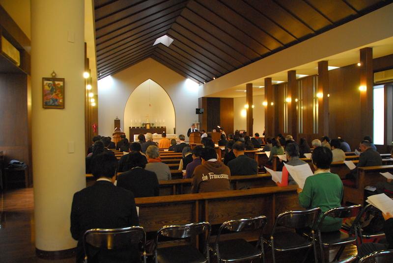 2016年のキリスト教一致祈祷週間で行われた東京集会の様子=2016年1月17日、日本聖公会三光教会(東京都品川区)で