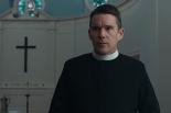 敬虔な牧師に一体何が起きたのか? 映画「魂のゆくえ」