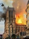 ノートルダム大聖堂火災、仏司教協議会「計り知れない悲しみ」