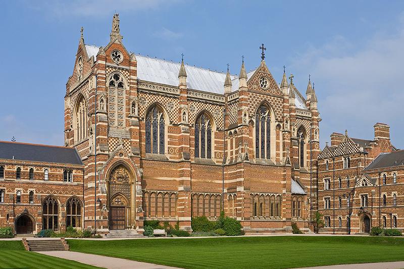 キーブル・カレッジ (オックスフォード大学)のチャペル(写真:Diliff)
