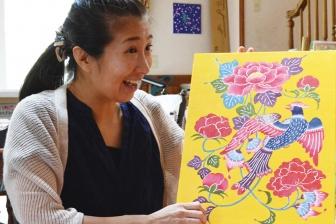 「紅型」と「バイブル」 造形作家・田口恵さん、宇都宮で作品展開催へ