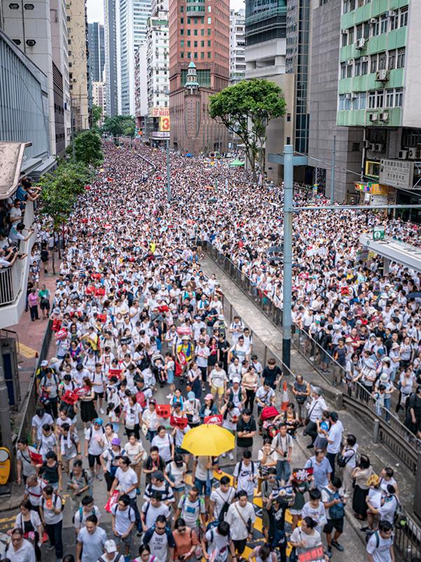 9日に行われたデモの様子。主催者発表で103万人(警察発表24万人)が参加した。(写真:Hf9631)