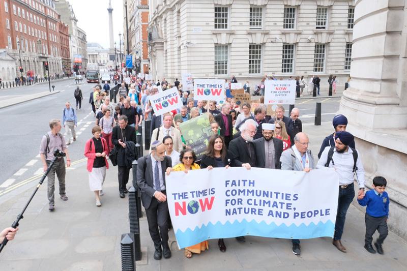 前カンタベリー大主教「信仰者は気候変動問題で貢献を」