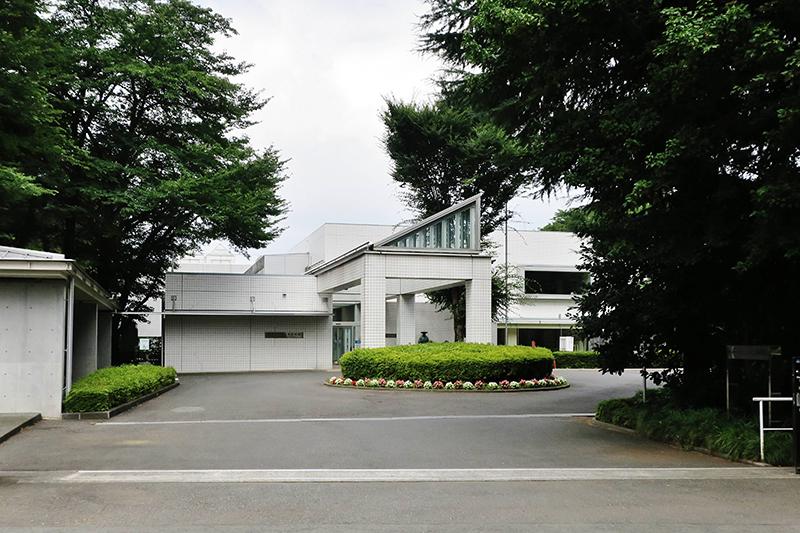 東京都東村山市にある国立ハンセン病資料館(写真:Qurren)