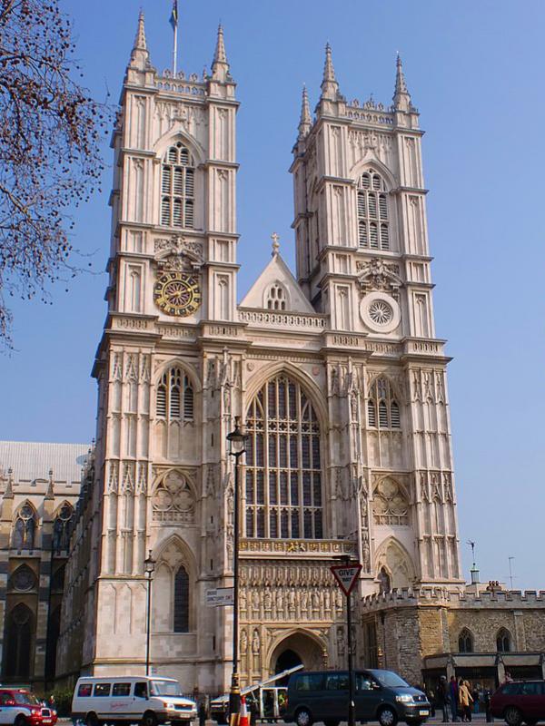 英ウェストミンスター寺院で750周年記念礼拝、エリザベス女王ら出席