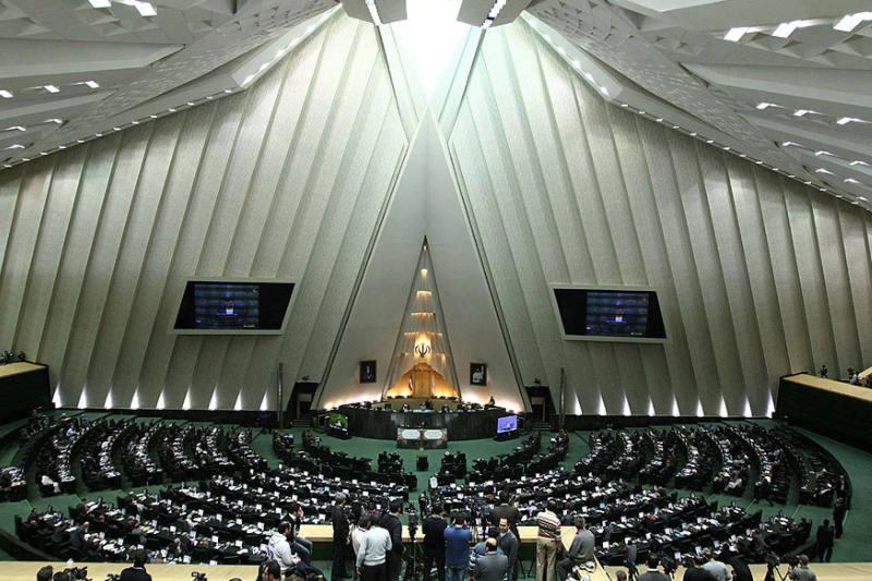 イラン議会(写真:Mahdi Sigari)