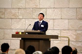 具志堅副総主事「救い主はおられます、私たちのただ中に」 日本聖書協会クリスマス礼拝