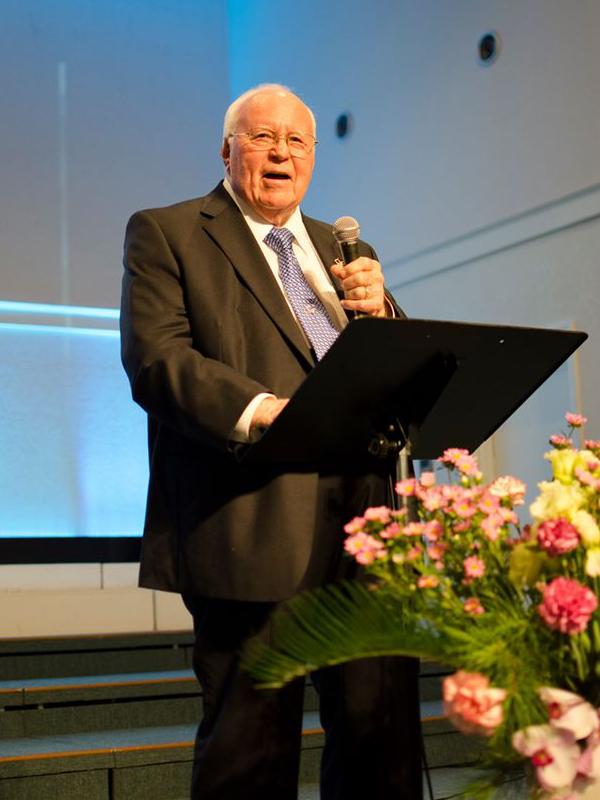 東京バプテスト教会など創設、ダブ・ジャクソン宣教師が召天 日本人2万5千人の救霊に貢献