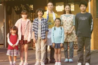 第44回日本カトリック映画賞 「こどもしょくどう」の日向寺太郎監督に