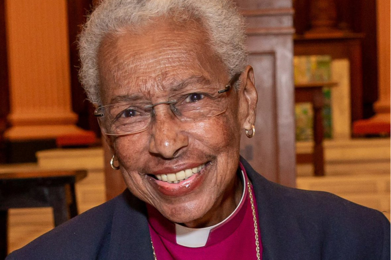 バーバラ・ハリス主教(写真:米国聖公会マサチューセッツ教区のツイッターより)
