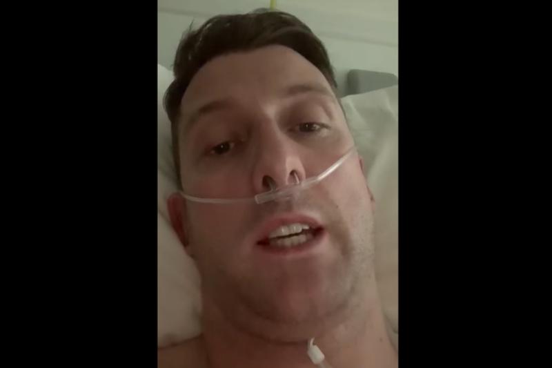集中治療室から動画メッセージを発信したマーク・マクラーグ牧師。動画はSNSで計190万回近く再生され、世界保健機関(WHO)のテドロス・アダノム事務局長もシェアした。(画像:動画のキャプチャー)