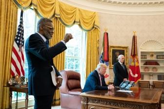 国の癒やし求め「神に祈ってください」 トランプ米大統領がイースター・メッセージ