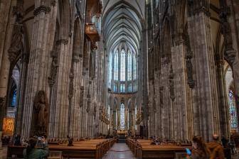 ドイツの教会で礼拝再開 接触制限は継続、賛美や握手は禁止