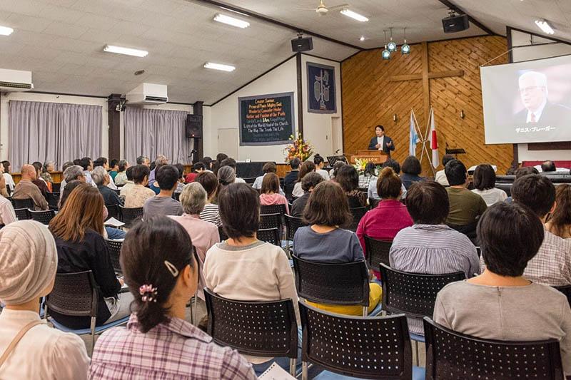 峰町キリスト教会の礼拝(写真:同教会提供)