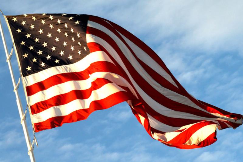 米国の国旗(写真:COFFEEMEPLEASE)