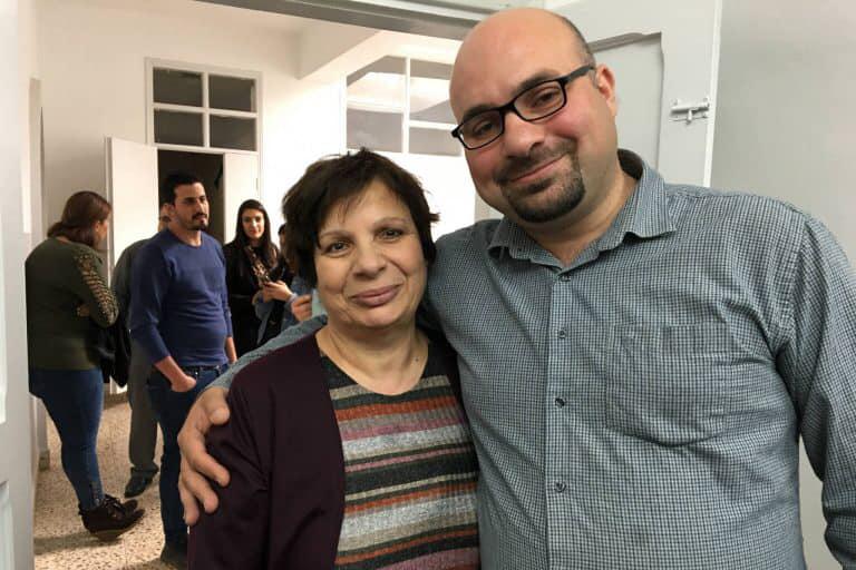 カーダー牧師とその母