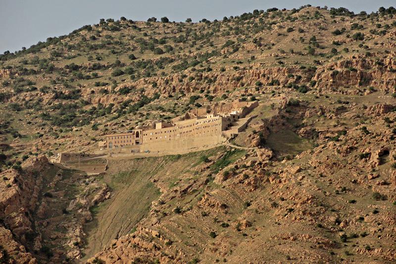 イラク北部のアルファフ山にある聖マタイ修道院(写真:kyselak)