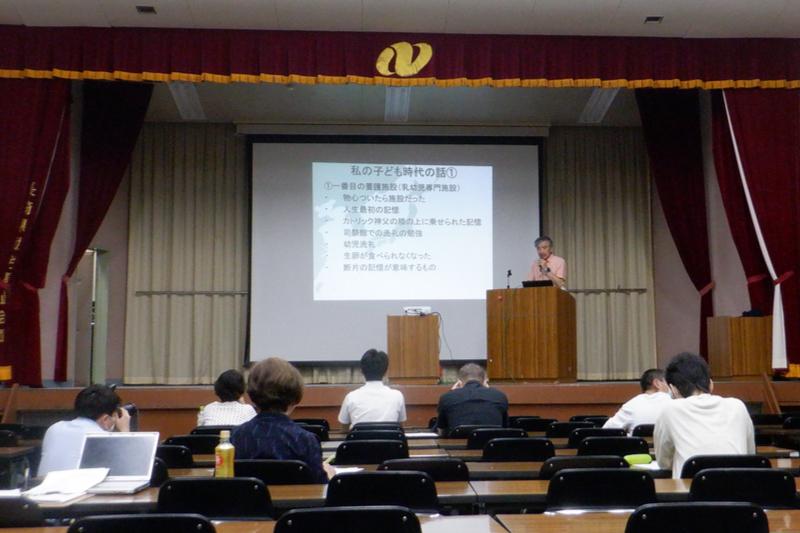 自らの被害体験を語る竹中勝美さん=6月21日、長崎市内で(写真:「カトリック神父による性虐待を許さない会」提供)