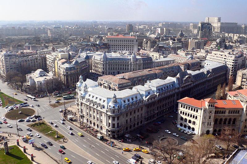 ルーマニアの首都ブカレスト(写真:seisdeagosto)