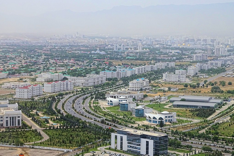 トルクメニスタンの首都アシガバート(写真:Bjørn Christian Tørrissen)