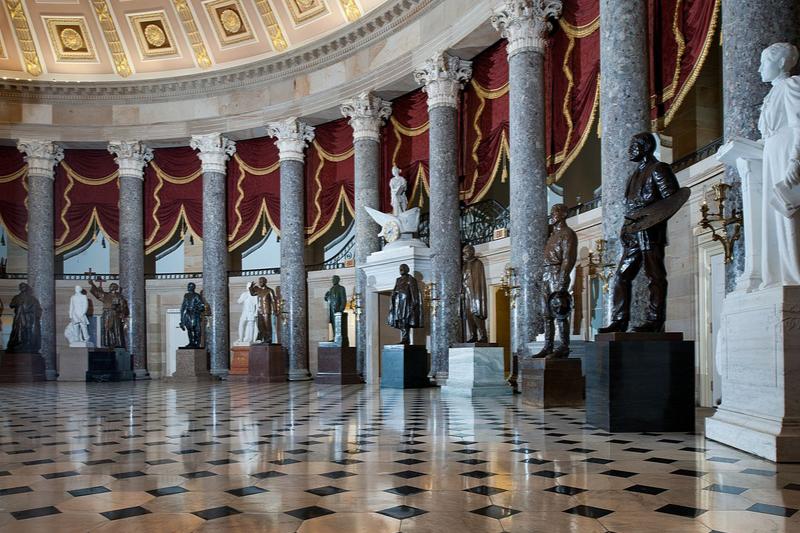ビリ-・グラハムの等身大の彫像、米連邦議事堂内に設置へ