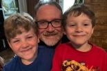 血縁関係ない母親に8歳息子の性転換認める判断 米テキサス州地方裁
