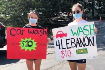 教会の青年たちが洗車で7千ドル集める レバノン爆発被災者支援で