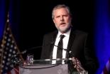 米最大のキリスト教大学長が辞任、ネット炎上と妻の不倫めぐる報道が加熱
